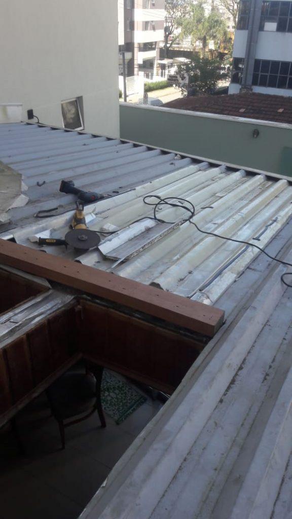 telhado com aço